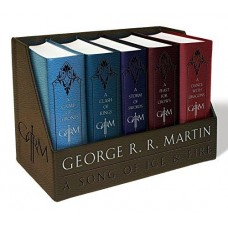 A Song of Ice and FireLeather-Cloth Boxed Set: A Game of Thrones, a Clash of Kings, a Storm of Swords, a Feast for Crows, and a Dance with Dragons